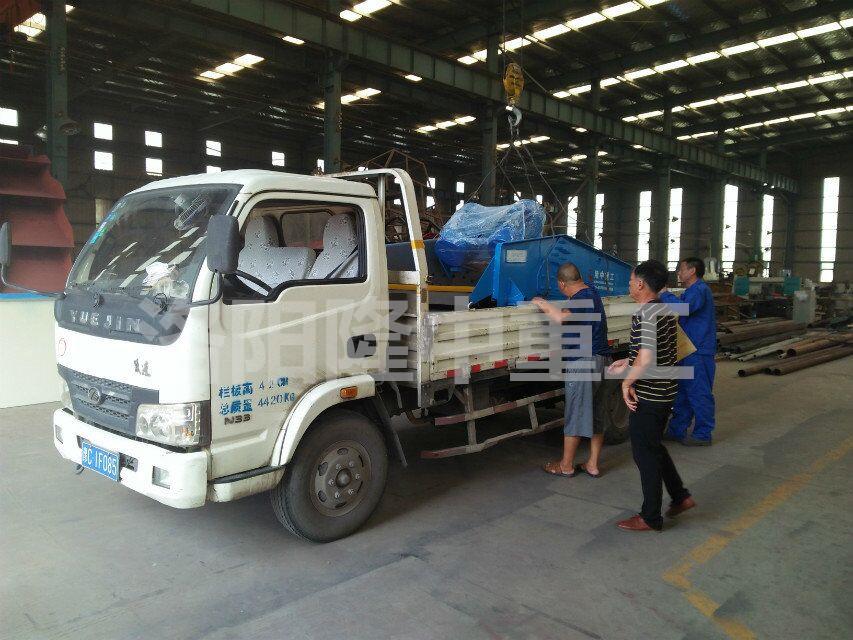 广东阳江客户定制脱水筛发货